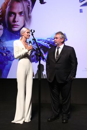 Sasha Luss i Luc Besson 2