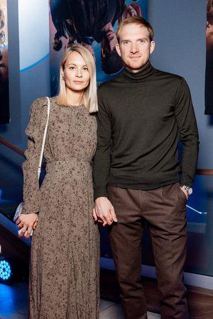 Andrey Burkovskiy s suprugoy_0